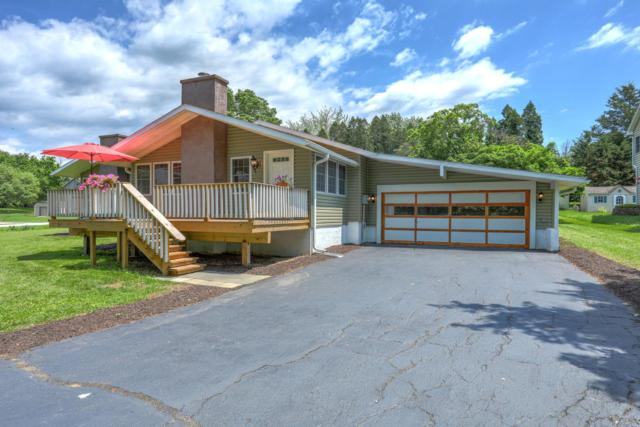 46 Bragg Drive, EAST BERLIN, PA 17316 (#PAAD105988) :: Benchmark Real Estate Team of KW Keystone Realty