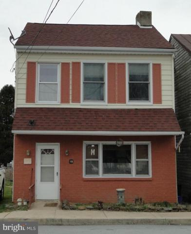 19 S York Street, ETTERS, PA 17319 (#PAYK113568) :: Benchmark Real Estate Team of KW Keystone Realty