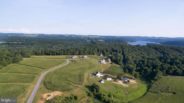 48 Natures Way, CONESTOGA, PA 17516 (#PALA129946) :: The Heather Neidlinger Team With Berkshire Hathaway HomeServices Homesale Realty