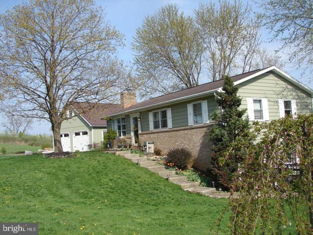 824 Fox Meadow Road, CHAMBERSBURG, PA 17202 (#PAFL164830) :: Benchmark Real Estate Team of KW Keystone Realty