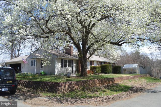 4006 Squire Lane, TRIANGLE, VA 22172 (#VAPW465448) :: Colgan Real Estate