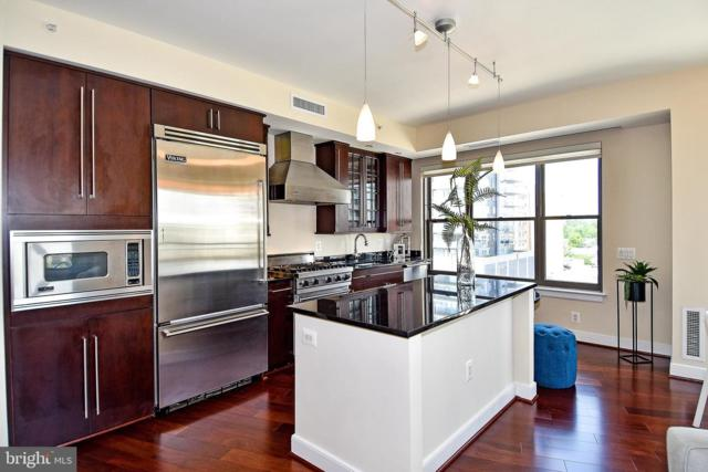 7710 Woodmont Avenue #811, BETHESDA, MD 20814 (#MDMC657488) :: ExecuHome Realty