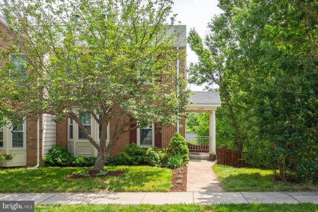 12175 Derriford Court, WOODBRIDGE, VA 22192 (#VAPW467470) :: Samantha Bendigo