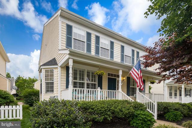 42773 Center Street, CHANTILLY, VA 20152 (#VALO383820) :: Colgan Real Estate