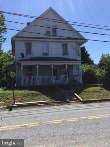 862 North Franklin, CHAMBERSBURG, PA 17201 (#PAFL165558) :: Eng Garcia Grant & Co.