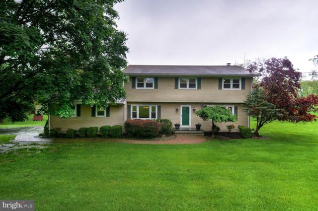 4 Oak Lane, FLEMINGTON, NJ 08822 (#NJHT105192) :: Bob Lucido Team of Keller Williams Integrity