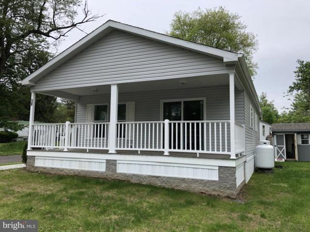 10 E Circle Drive, DOYLESTOWN, PA 18901 (#PABU469536) :: Keller Williams Real Estate