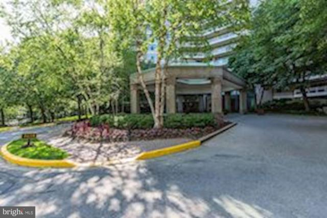 5610 Wisconsin Avenue #201, CHEVY CHASE, MD 20815 (#MDMC660872) :: Lucido Agency of Keller Williams