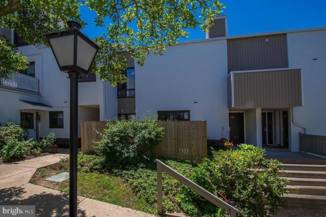 1750 Oakwood Terrace 8H, NARBERTH, PA 19072 (#PAMC612630) :: The John Kriza Team