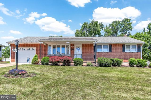 1989 Worth Street, YORK, PA 17404 (#PAYK118456) :: The Joy Daniels Real Estate Group