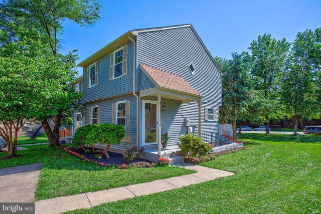 1015 Clymer Court NE, LEESBURG, VA 20176 (#VALO386640) :: Radiant Home Group