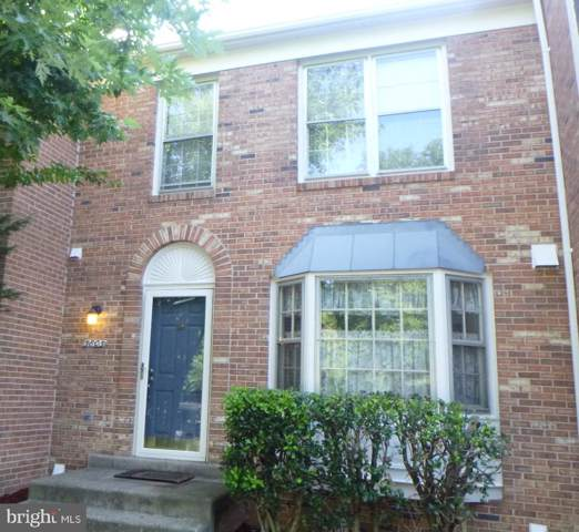 5805 Rockdale Court, CENTREVILLE, VA 20121 (#VAFX1069458) :: ExecuHome Realty
