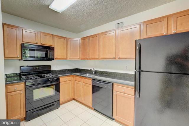5225 Pooks Hill Road 409S, BETHESDA, MD 20814 (#MDMC665262) :: The Matt Lenza Real Estate Team