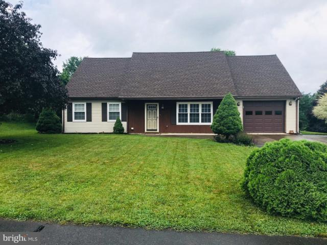 806 Fairlane Drive, MILLERSBURG, PA 17061 (#PADA111826) :: Keller Williams of Central PA East