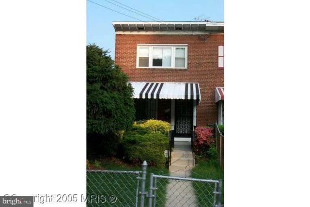 139 Mississippi Avenue SE, WASHINGTON, DC 20032 (#DCDC432146) :: The Maryland Group of Long & Foster
