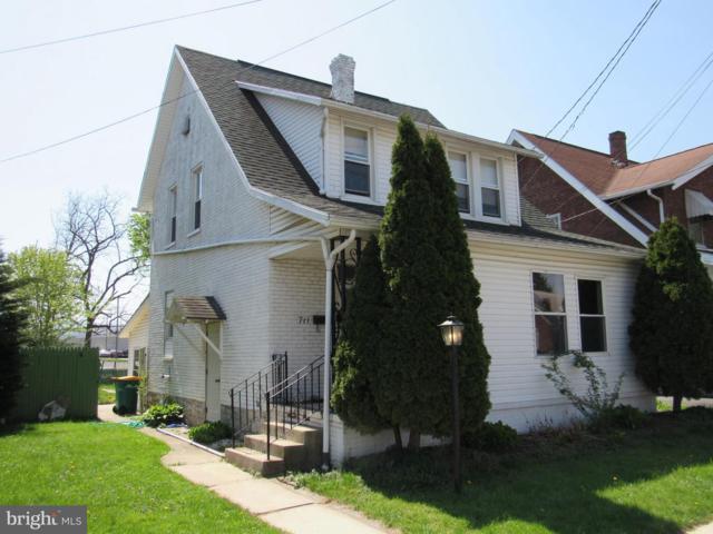 711 Clayton Avenue, WAYNESBORO, PA 17268 (#PAFL166602) :: Erik Hoferer & Associates