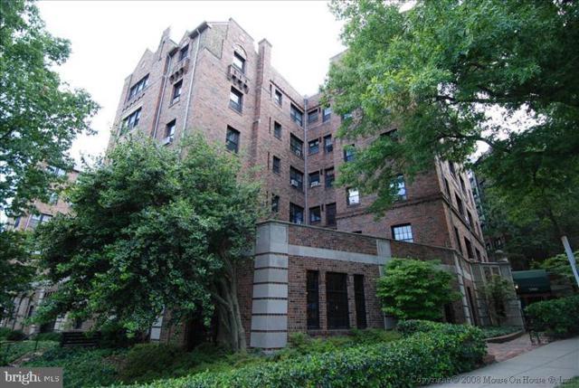 3000 Tilden Street NW 402-I, WASHINGTON, DC 20008 (#DCDC432752) :: Arlington Realty, Inc.