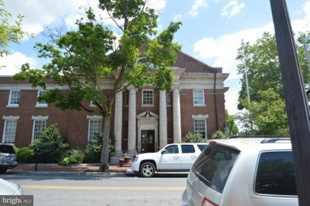 40 Piccadilly Street W, WINCHESTER, VA 22601 (#VAWI112776) :: Jacobs & Co. Real Estate