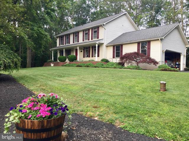 7 Twin Oaks Court, PARKTON, MD 21120 (#MDBC463900) :: The Maryland Group of Long & Foster Real Estate