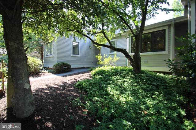 1123 Merrifield Drive, WEST CHESTER, PA 19380 (#PACT483288) :: Keller Williams Real Estate