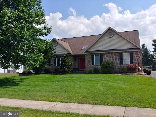 308 Farmingdale Drive, DOUGLASSVILLE, PA 19518 (#PABK344256) :: Jim Bass Group of Real Estate Teams, LLC