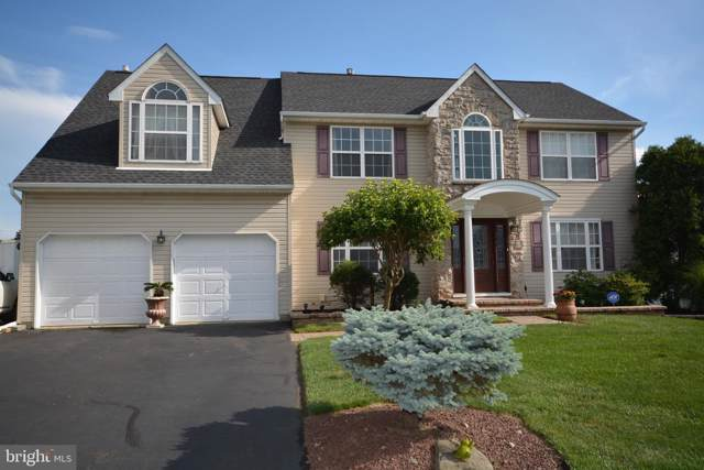 856 Frosty Hollow Road, LANGHORNE, PA 19047 (#PABU474004) :: Jason Freeby Group at Keller Williams Real Estate