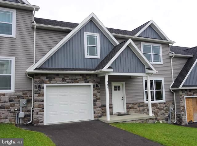 742 Golden Spring Drive, WAYNESBORO, PA 17268 (#PAFL166846) :: The Heather Neidlinger Team With Berkshire Hathaway HomeServices Homesale Realty