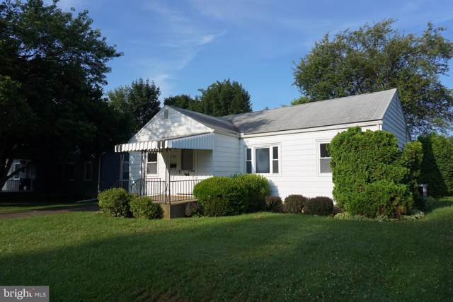 1720 Sherwood Road, NEW CUMBERLAND, PA 17070 (#PACB115194) :: The Joy Daniels Real Estate Group