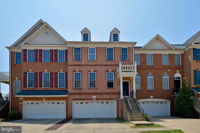 42761 Locklear Terrace, CHANTILLY, VA 20152 (#VALO389378) :: Keller Williams Pat Hiban Real Estate Group