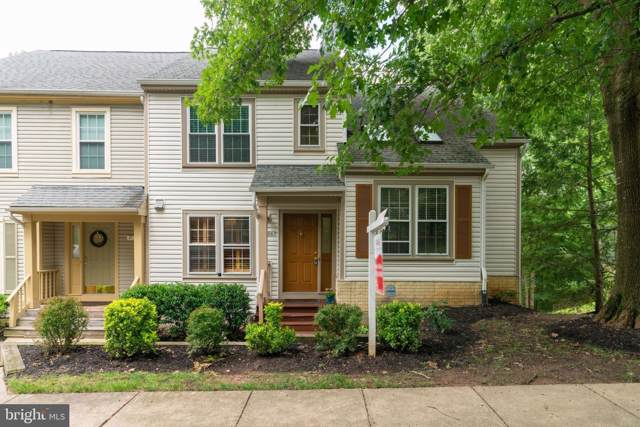 8130 Cliffview Avenue, SPRINGFIELD, VA 22153 (#VAFX1075936) :: The Putnam Group