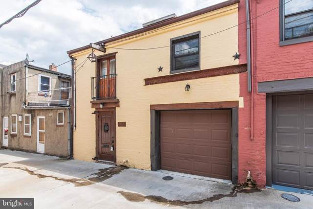 202 1/2 S Castle Street, BALTIMORE, MD 21231 (#MDBA476042) :: ExecuHome Realty