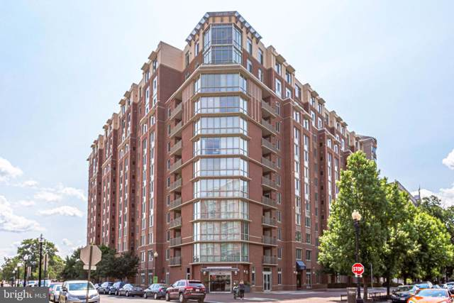 1000 New Jersey Avenue SE #313, WASHINGTON, DC 20003 (#DCDC434768) :: LoCoMusings