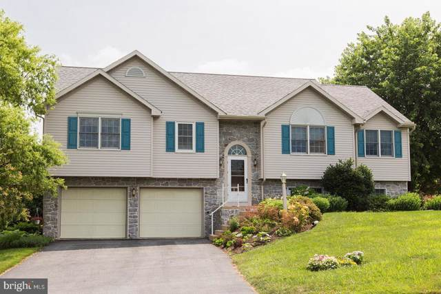 4 Fawn Glenn Court, LITITZ, PA 17543 (#PALA136470) :: The Heather Neidlinger Team With Berkshire Hathaway HomeServices Homesale Realty