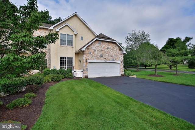 336 Saint Andrews Place, BLUE BELL, PA 19422 (#PAMC617876) :: Linda Dale Real Estate Experts