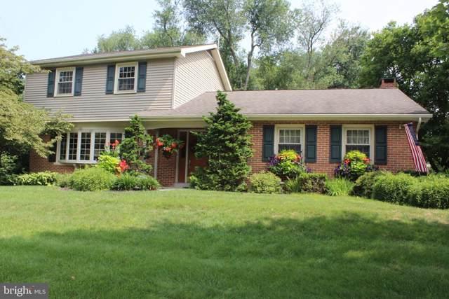 2810 Fiddlers Green Road, LANCASTER, PA 17601 (#PALA136602) :: John Smith Real Estate Group