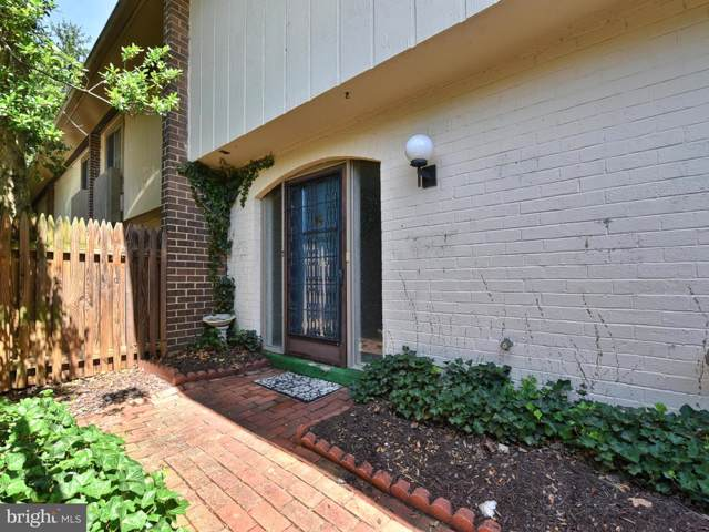 19675 Brassie Place 1-F, MONTGOMERY VILLAGE, MD 20886 (#MDMC669892) :: Bob Lucido Team of Keller Williams Integrity