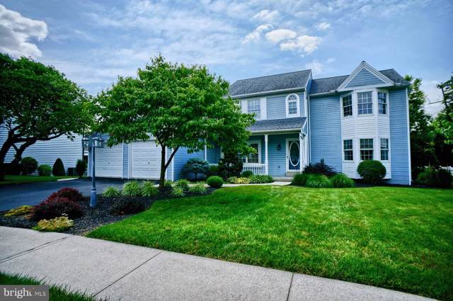 3 Windsor Way, CAMP HILL, PA 17011 (#PACB115470) :: The Heather Neidlinger Team With Berkshire Hathaway HomeServices Homesale Realty