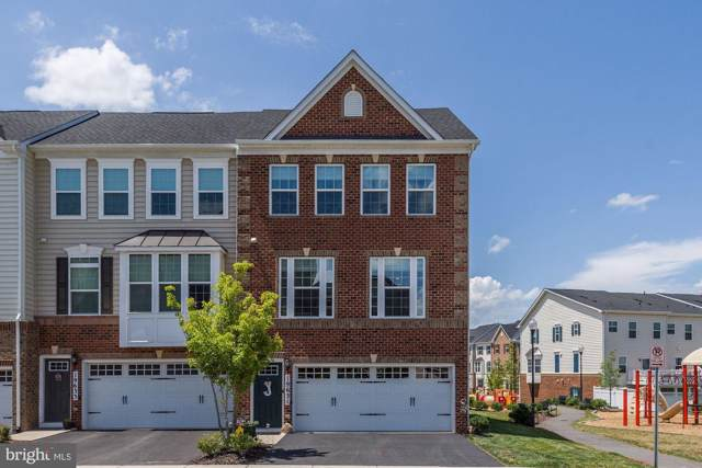 19631 Vaughn Landing Drive, GERMANTOWN, MD 20874 (#MDMC669952) :: Homes to Heart Group