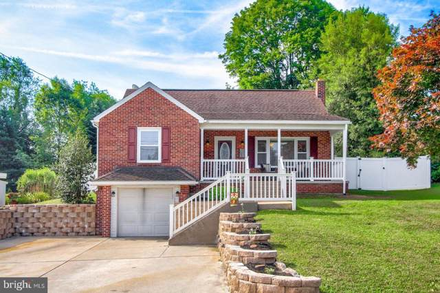 30 E Crestlyn Drive, YORK, PA 17402 (#PAYK121244) :: Keller Williams of Central PA East