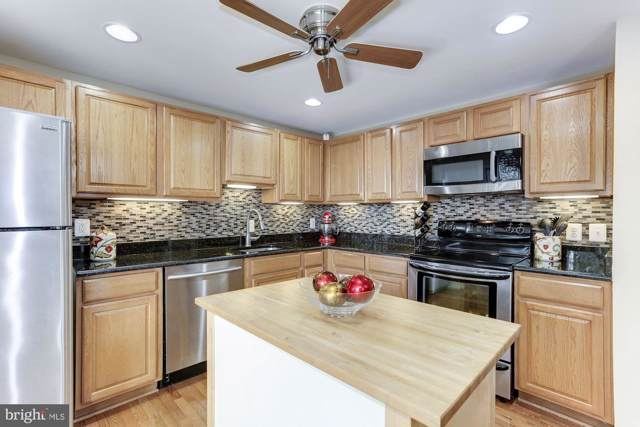 9006 Piney Grove Drive, FAIRFAX, VA 22031 (#VAFX1078012) :: The Dailey Group