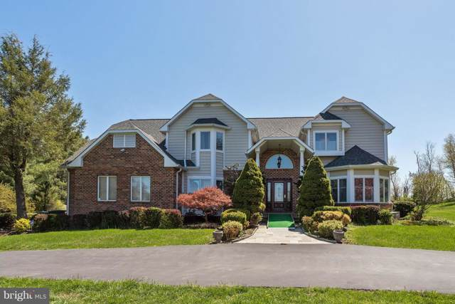 1800 Boka Valley Court, WOODBINE, MD 21797 (#MDHW267456) :: The Gold Standard Group