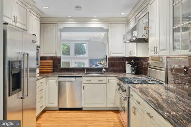 322 Lawrence Court, PHILADELPHIA, PA 19106 (#PAPH817724) :: Jason Freeby Group at Keller Williams Real Estate