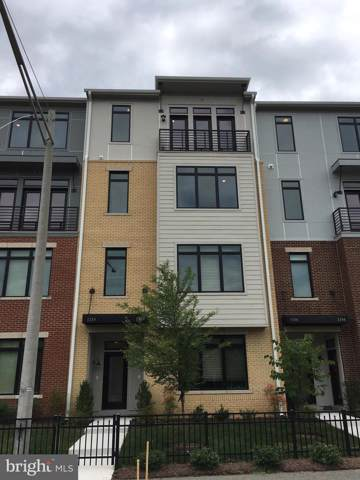 1110 Ribbon Limestone Terrace SE, LEESBURG, VA 20175 (#VALO390672) :: The Greg Wells Team