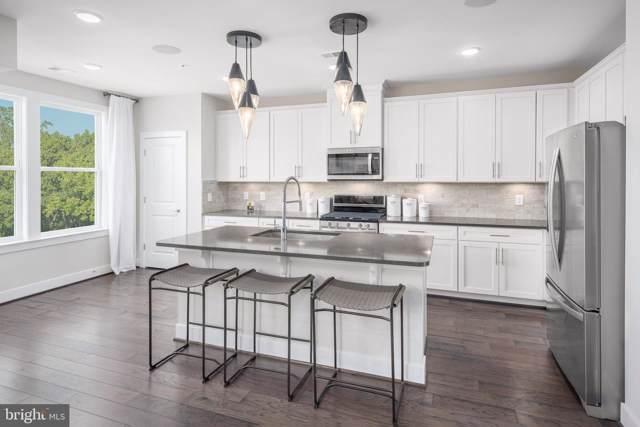 23520 Overlook Park #01204, CLARKSBURG, MD 20871 (#MDMC670724) :: The Speicher Group of Long & Foster Real Estate