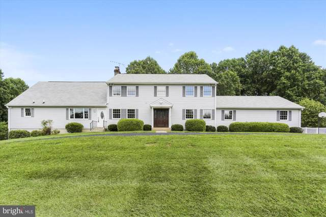 17619 Ridge Drive, ROCKVILLE, MD 20853 (#MDMC670748) :: The Speicher Group of Long & Foster Real Estate