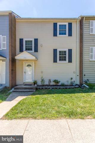 5116 Arrit Court, BURKE, VA 22015 (#VAFX1078780) :: The Daniel Register Group