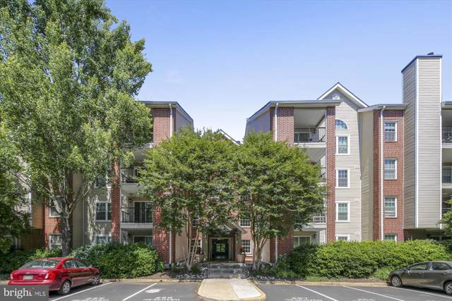 3315 Wyndham Circle #3230, ALEXANDRIA, VA 22302 (#VAAX238052) :: Circadian Realty Group