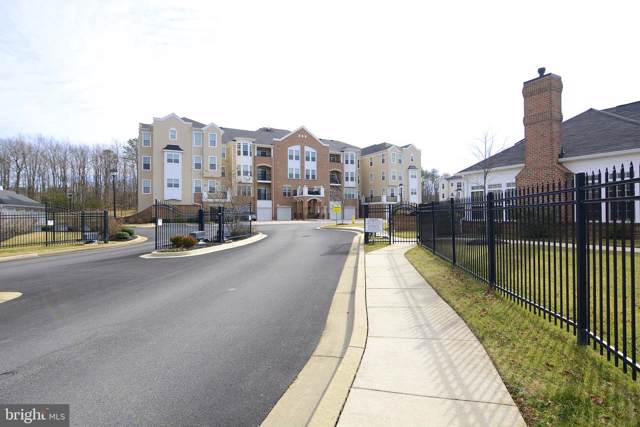 8612 Wintergreen Court #403, ODENTON, MD 21113 (#MDAA407670) :: LoCoMusings