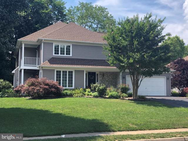 8924 Cross Chase Circle, LORTON, VA 22079 (#VAFX1079060) :: The Daniel Register Group