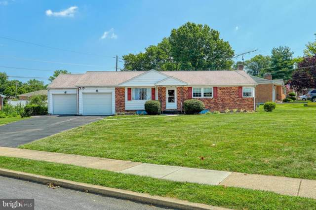 2505 Schoolhouse Lane, YORK, PA 17402 (#PAYK121662) :: The Joy Daniels Real Estate Group